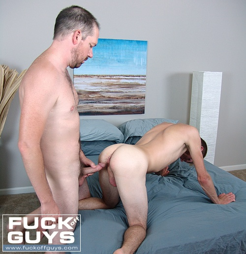 Seth Chase Inserts his Raw Dick Into Talen Matthews